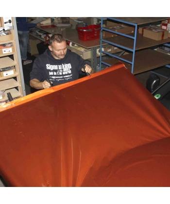 Barre de tension de vinyl pour covering